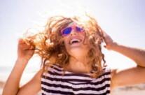 Estate, come proteggere i capelli in 5 mosse