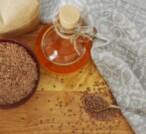 Olio di semi di lino, un toccasana per pelle e capelli